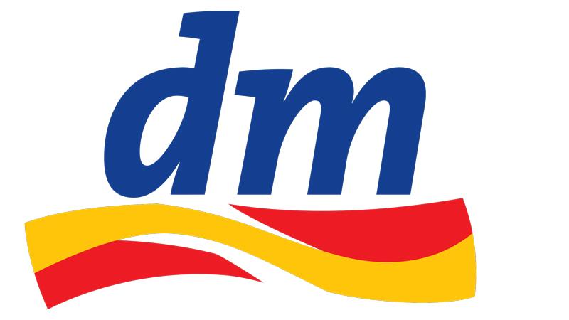 DM AT